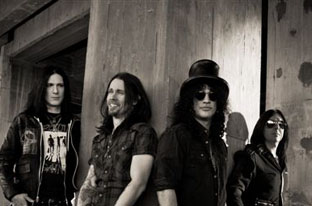 SLASH Announces U.S. Headlining Tour Beginning May 3