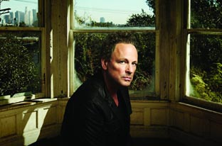Lindsey Buckingham Taking His Solo Act On The Road