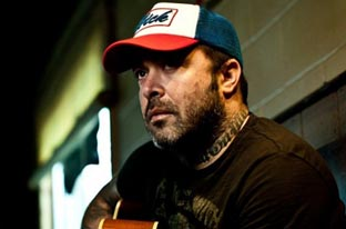 Aaron Lewis To Release Full-Length Solo Album 'The Road' June 26