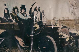 Neil Young & Crazy Horse Release Americana On June 5th
