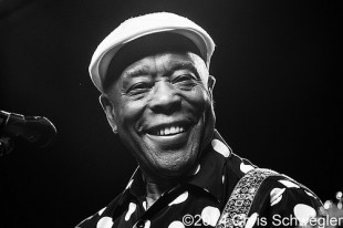 Buddy Guy – 08-06-14 – Meadow Brook Music Festival, Rochester Hills, MI
