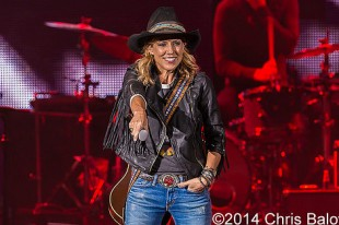 Sheryl Crow – 09-21-14 – Rewind Tour 2014, DTE Energy Music Theatre, Clarkston, MI
