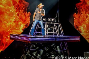 Jason Aldean – 09-18-15 – Burn It Down Tour, DTE Energy Music Theatre, Clarkston, MI