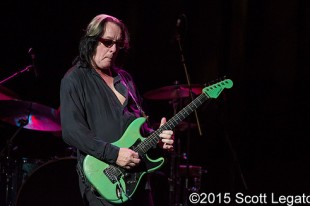 Todd Rundgren – 12-09-15 – An Evening With, The Fillmore, Detroit, MI